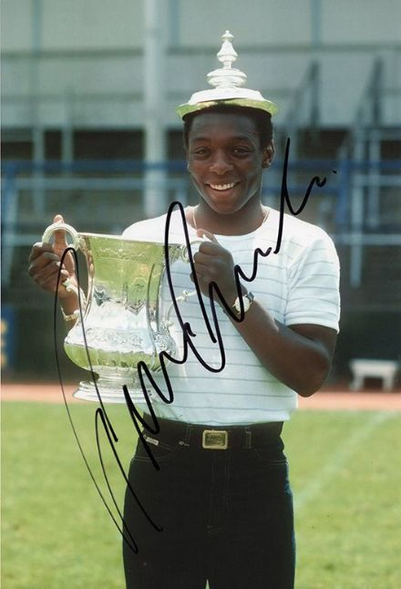 Garth Crooks, Tottenham Hotspur, signed 12x8 inch photo.